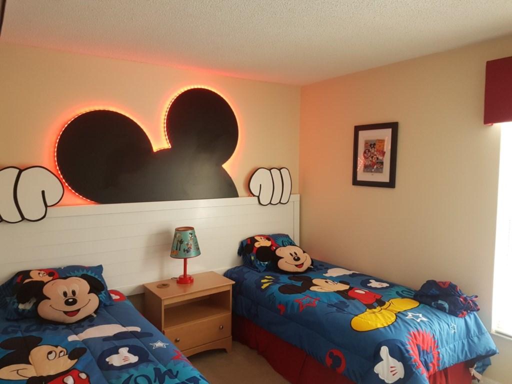 Disney Twin