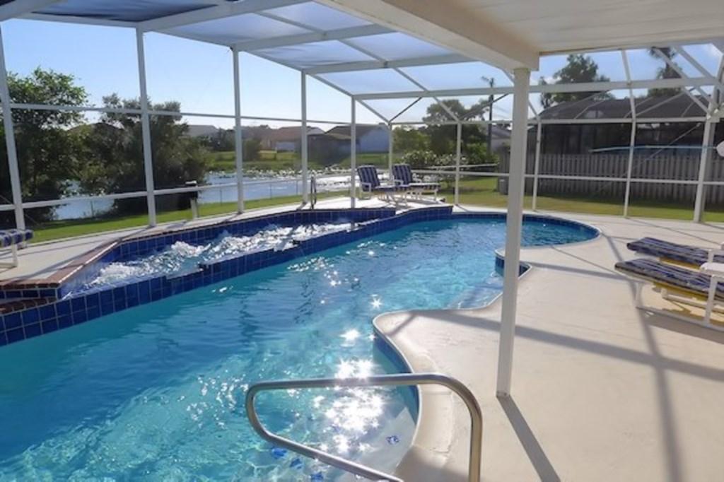 Villa: Lakeside