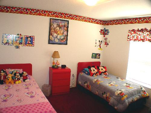 Disney Bedroom 2