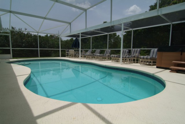 SOUTH/SW FACING SECLUDED POOL