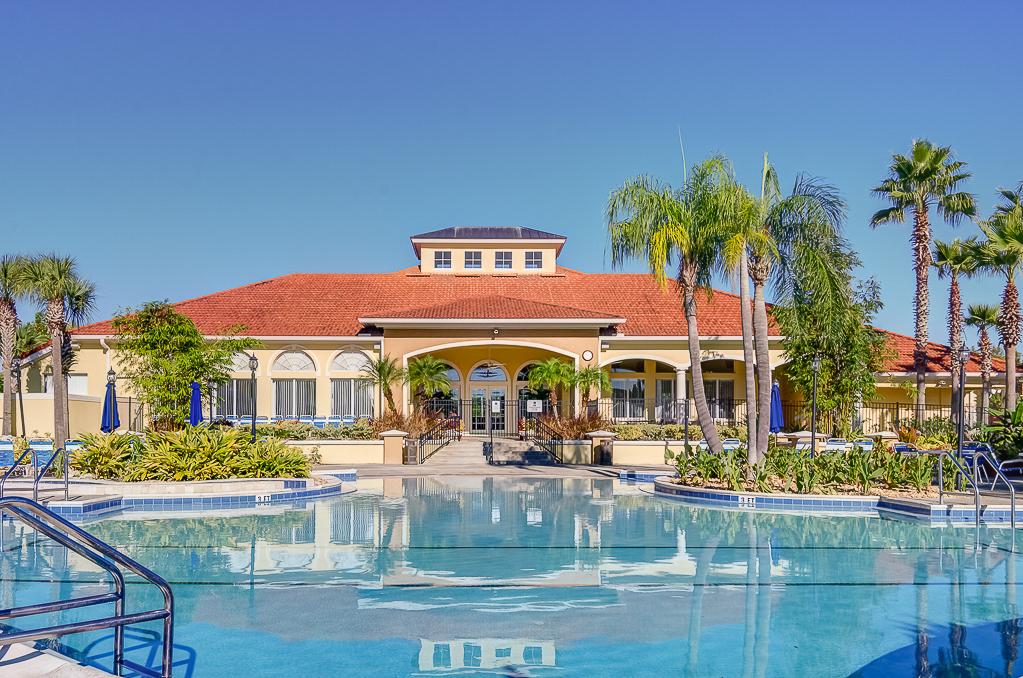 Terra Verde Resort Pool & spa