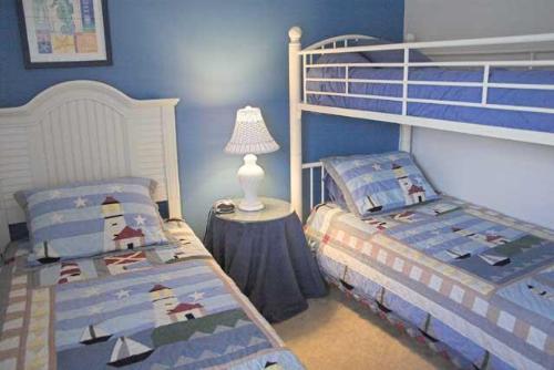 Nautical room with bunks