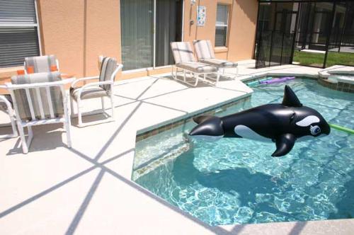 Sunbeam Pool