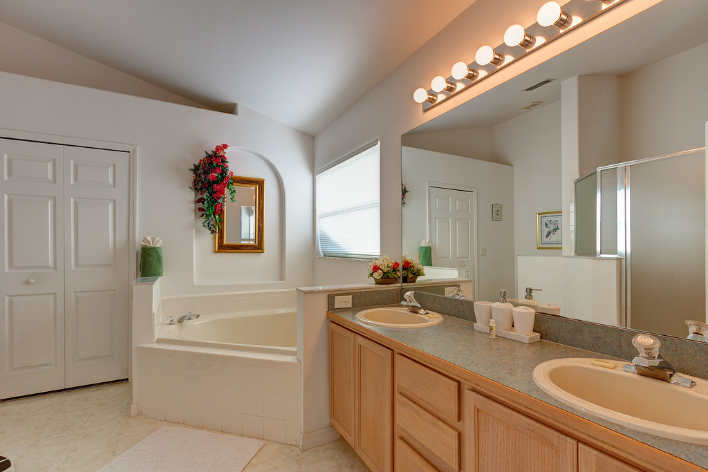 Master Bathroom with walk in s