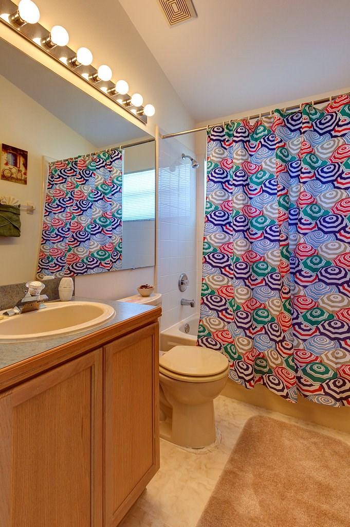 3rd Family Bathroom