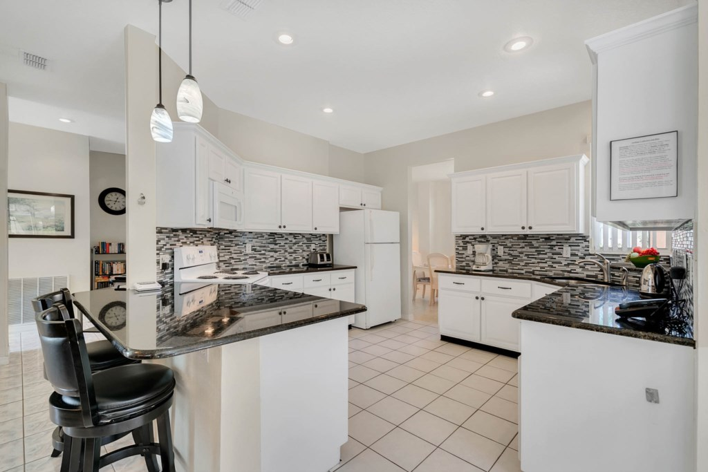 Large Kitchen/Granite Tops