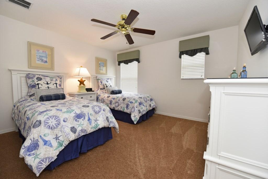 The 1st floor Ocean Bedroom