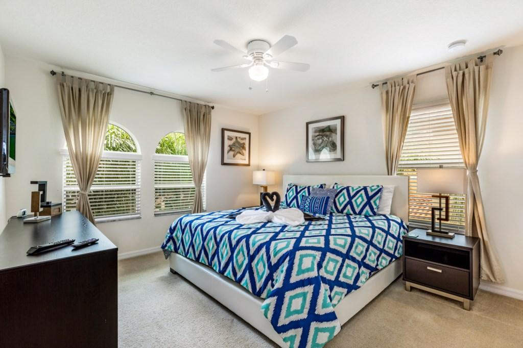 King Master En-Suite Bedroom 2
