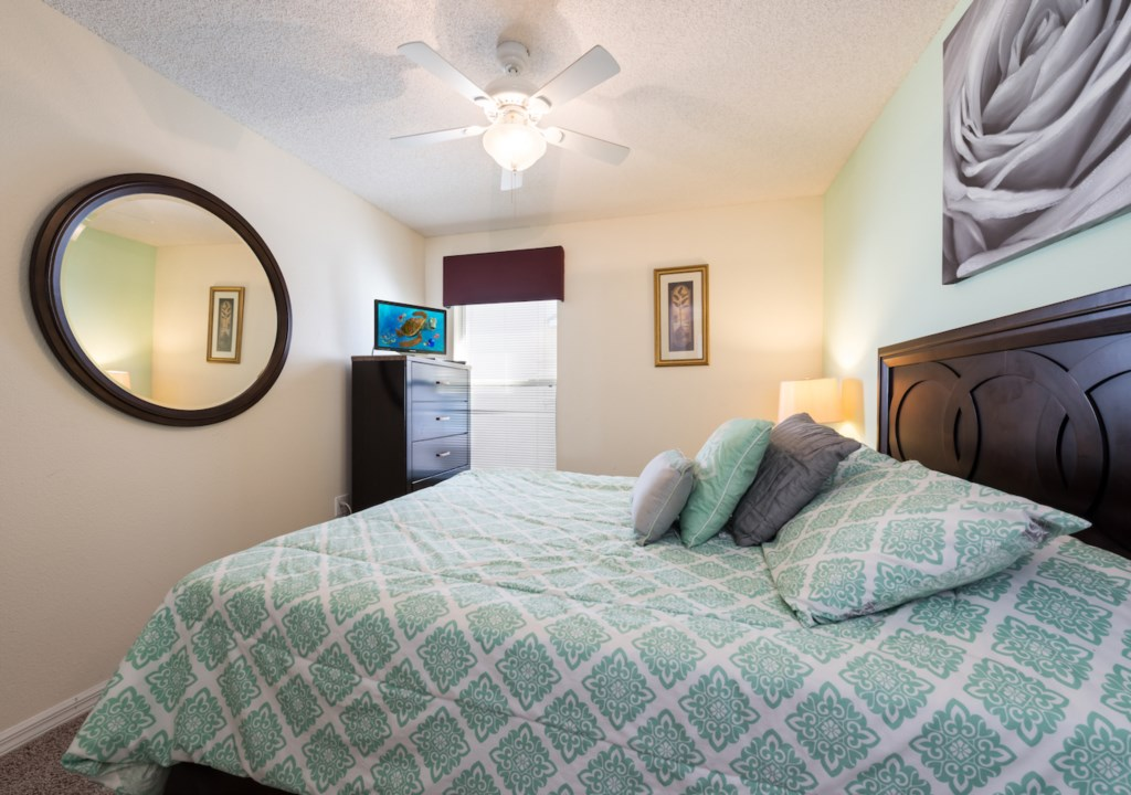 queen bed room with bathroom a