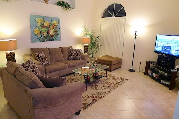 Homely & Spacious Living Area