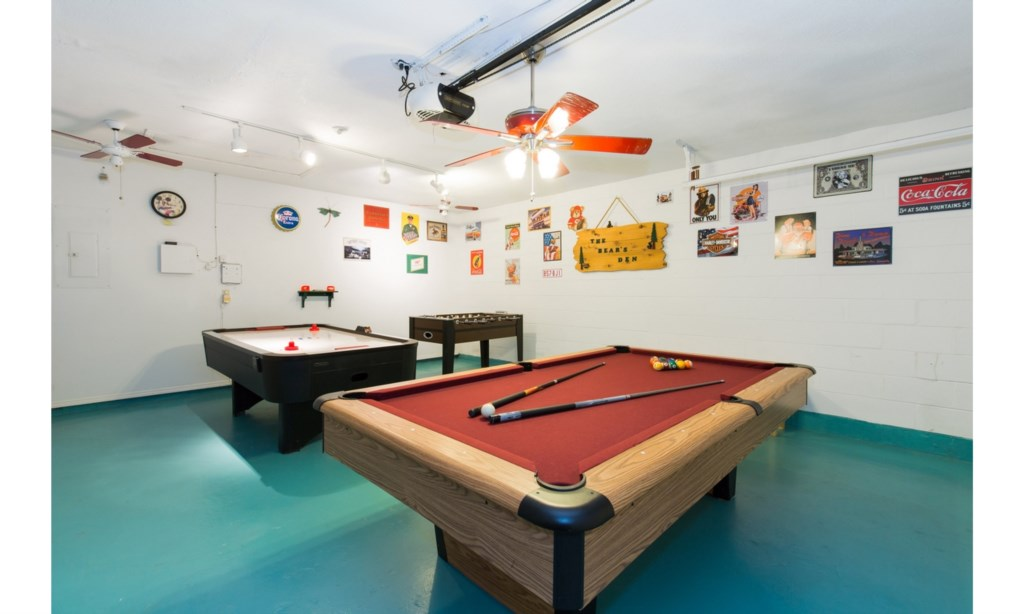 Games Room, Air Hockey, Pool