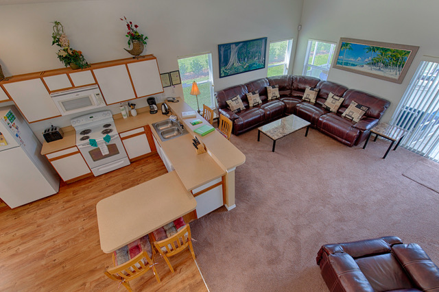 Living & Kitchen Areas